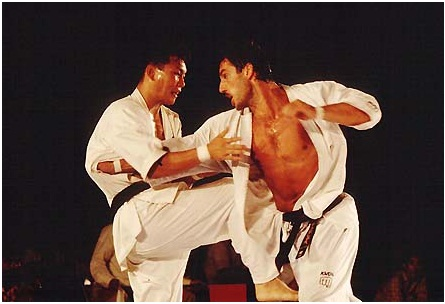 آموزش کاراته